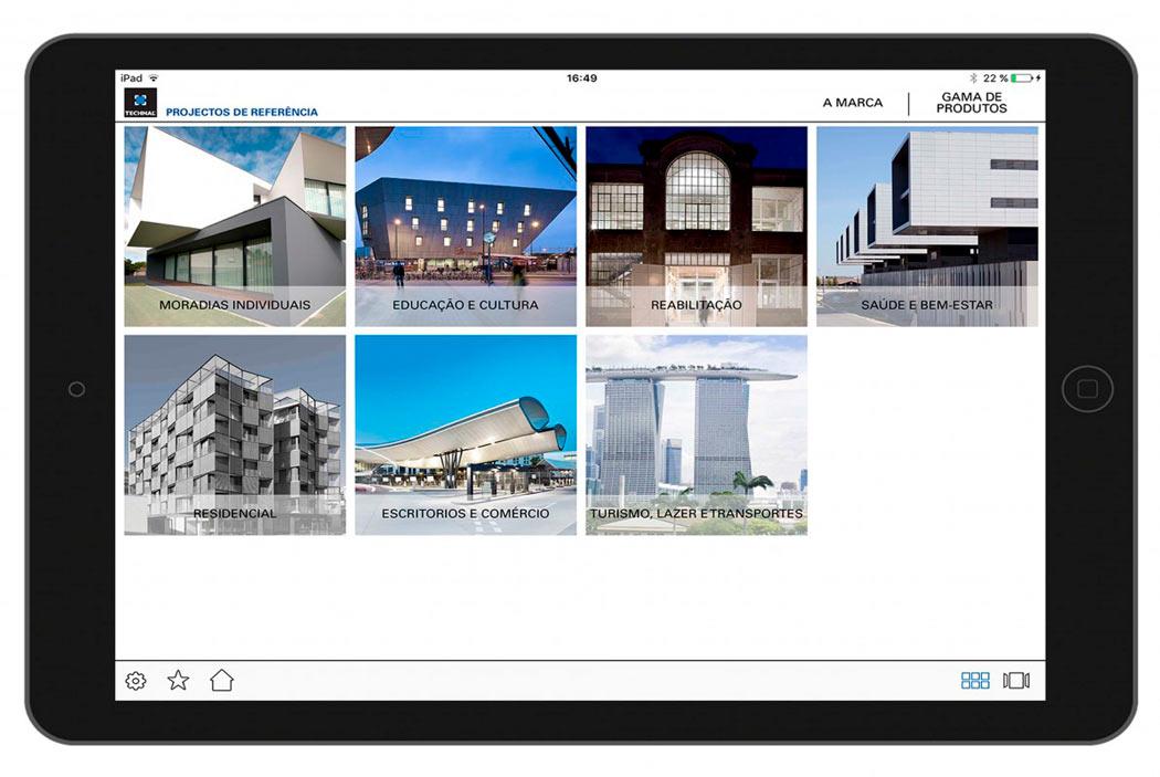 Catàleg multimèdia amb productes de referència