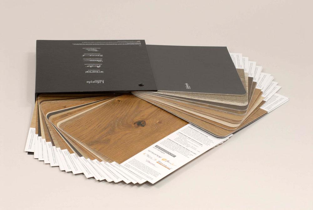 Muestrario de colores y texturas de madera con TECNIcart